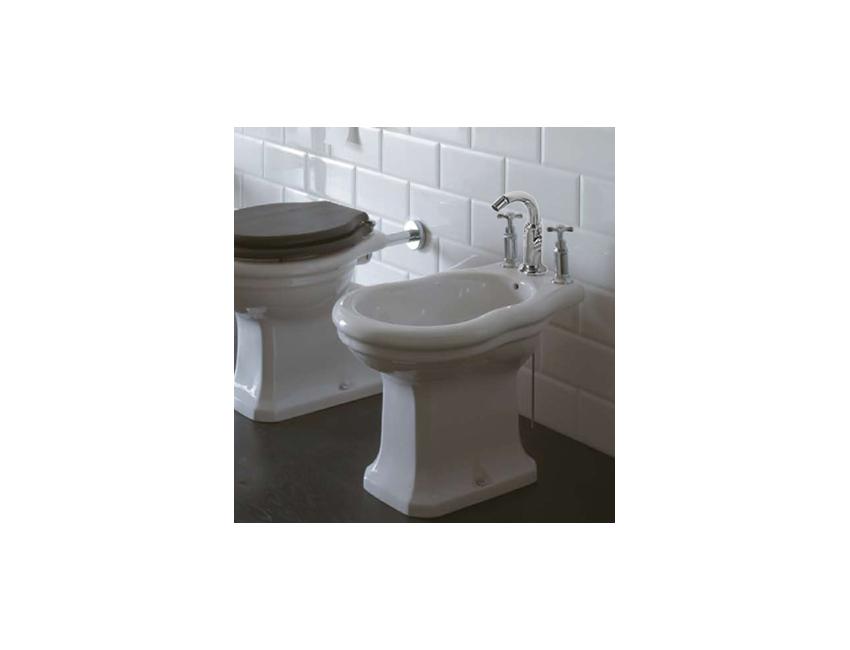 Ceramica Globo Serie Paestum.Bidet A Terra Tre Fori 37x57 Cm In Ceramica Globo Serie Paestum Colore Bianco Lucido